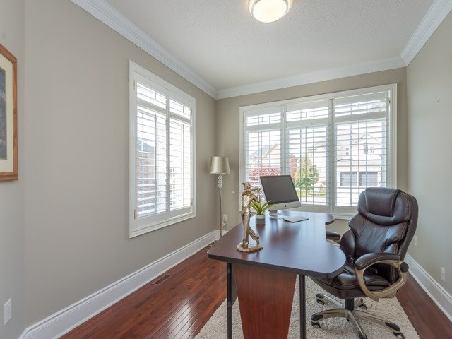 Detached at 204 Jefferson Forest Dr, Richmond Hill, Ontario. Image 12