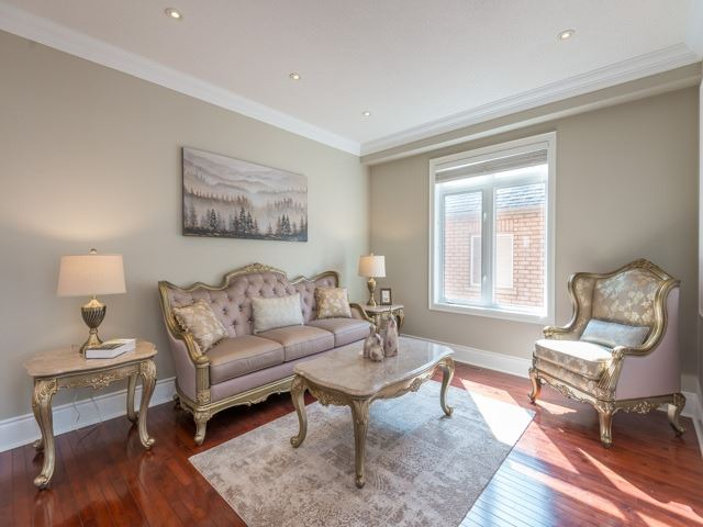 Detached at 204 Jefferson Forest Dr, Richmond Hill, Ontario. Image 14
