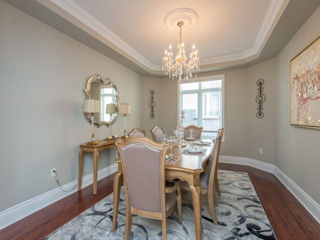 Detached at 204 Jefferson Forest Dr, Richmond Hill, Ontario. Image 15