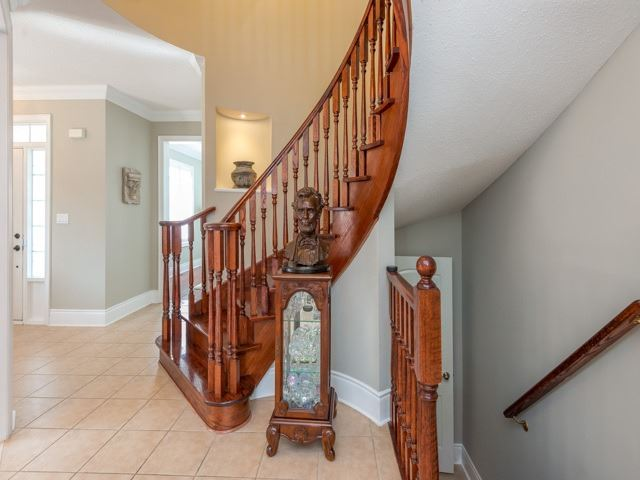 Detached at 204 Jefferson Forest Dr, Richmond Hill, Ontario. Image 20
