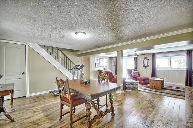 Detached at 165 Hilltop Dr, East Gwillimbury, Ontario. Image 5