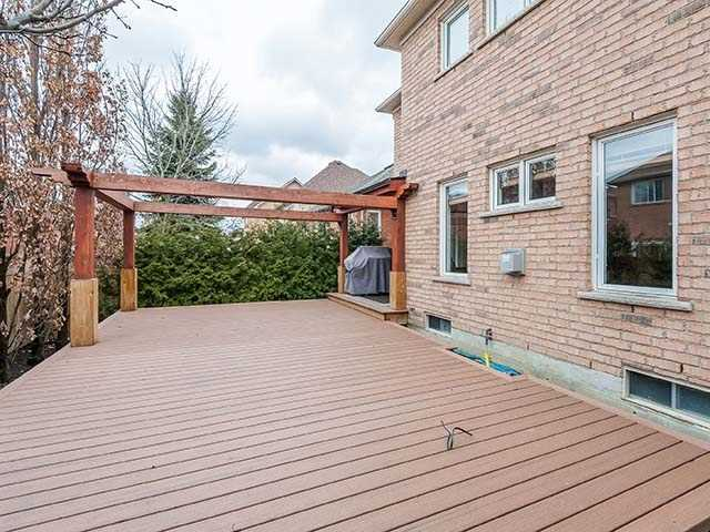 Detached at 283 Paxton Cres, Newmarket, Ontario. Image 10