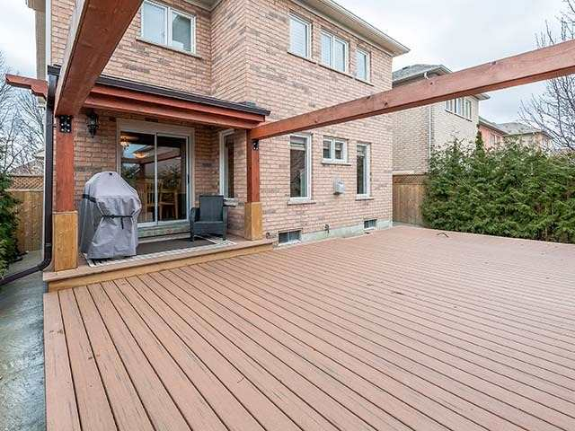 Detached at 283 Paxton Cres, Newmarket, Ontario. Image 11