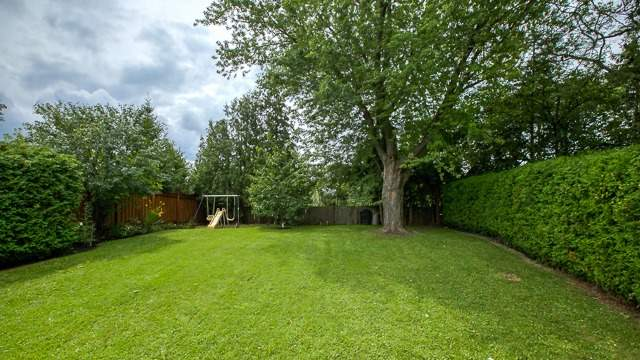 Detached at 103 Romfield Crct, Markham, Ontario. Image 10