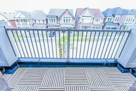 Link at 55 Holst Ave, Markham, Ontario. Image 4