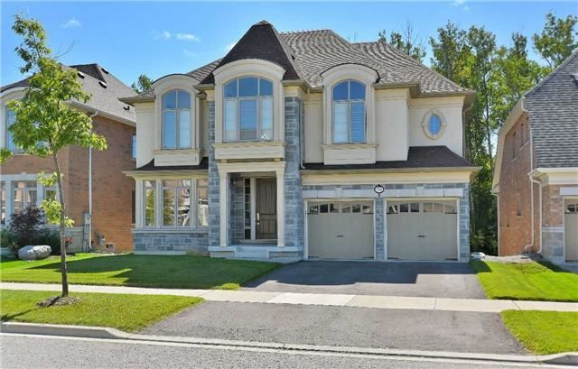 Detached at 32 Pheasant Dr, Richmond Hill, Ontario. Image 1