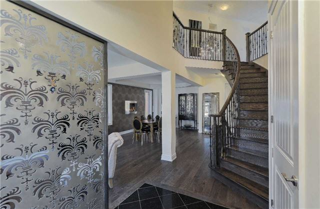 Detached at 32 Pheasant Dr, Richmond Hill, Ontario. Image 14