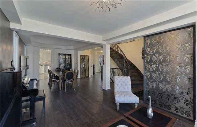 Detached at 32 Pheasant Dr, Richmond Hill, Ontario. Image 15