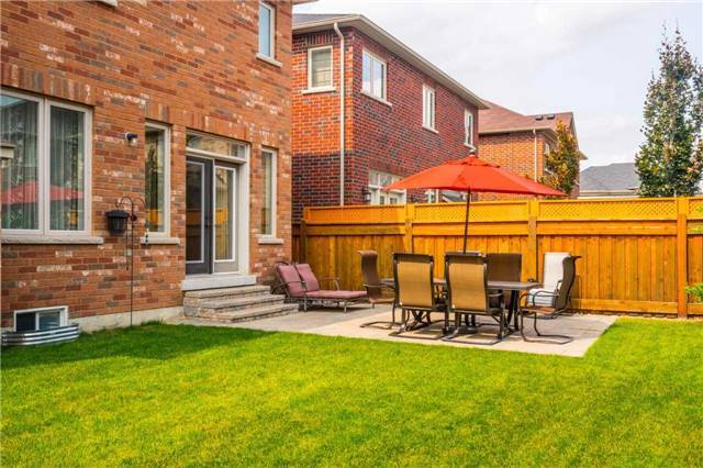 Detached at 30 Selvapiano Cres, Vaughan, Ontario. Image 13