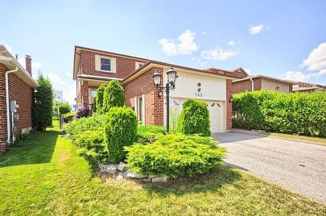 Detached at 163 Billings Cres, Newmarket, Ontario. Image 1