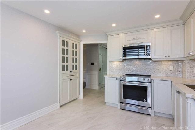 Condo Apartment at 333 Clark Ave W, Unit 608, Vaughan, Ontario. Image 19