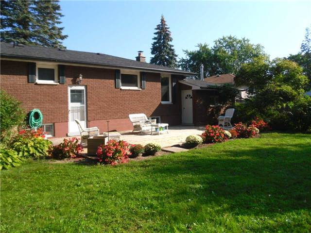 Detached at 845 Leslie Dr, Innisfil, Ontario. Image 8