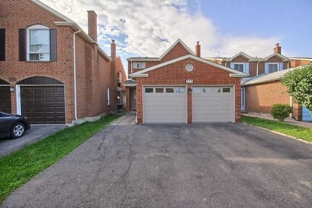 Detached at 225 Mullen Dr, Vaughan, Ontario. Image 12
