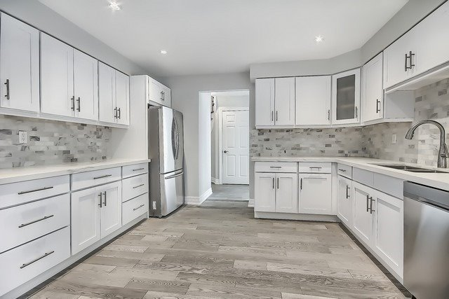 Detached at 225 Mullen Dr, Vaughan, Ontario. Image 20
