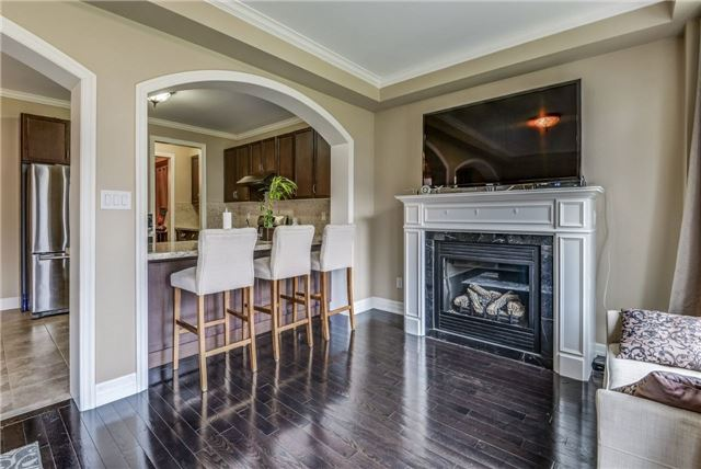 Townhouse at 45 Spring Hill Dr, King, Ontario. Image 3