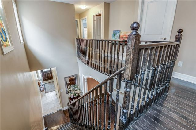 Townhouse at 45 Spring Hill Dr, King, Ontario. Image 5