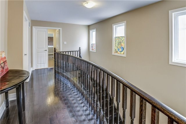 Townhouse at 45 Spring Hill Dr, King, Ontario. Image 6
