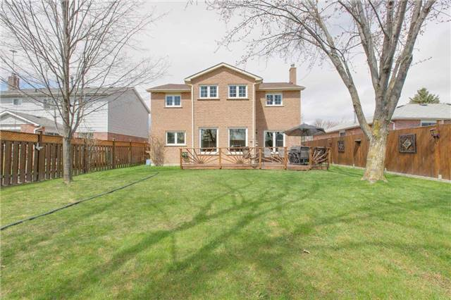 Detached at 5 Laverock St, New Tecumseth, Ontario. Image 11