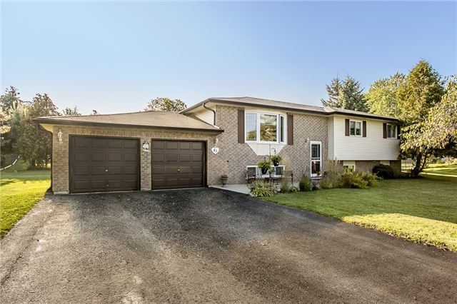 Detached at 41 Marshall Cres, Essa, Ontario. Image 1