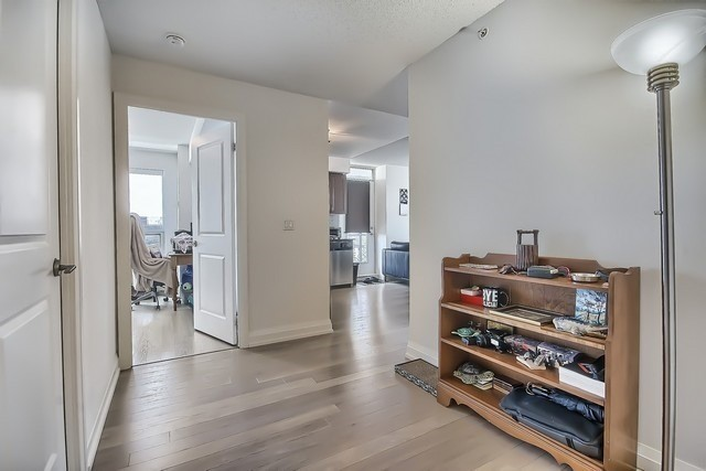 Condo Apartment at 370 Highway 7 Ave E, Unit 621, Richmond Hill, Ontario. Image 17