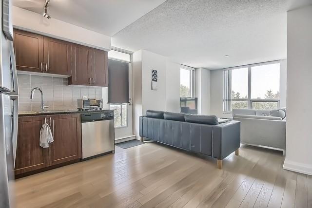 Condo Apartment at 370 Highway 7 Ave E, Unit 621, Richmond Hill, Ontario. Image 20