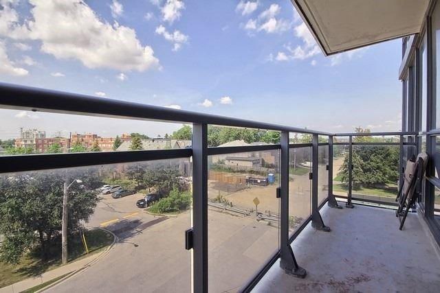 Condo Apartment at 370 Highway 7 Ave E, Unit 621, Richmond Hill, Ontario. Image 7