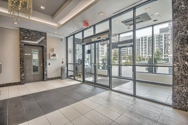 Condo Apartment at 370 Highway 7 Ave E, Unit 621, Richmond Hill, Ontario. Image 10