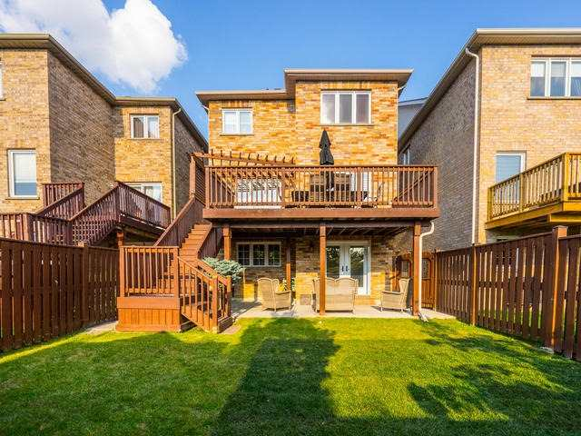 Detached at 370 Ravineview Dr, Vaughan, Ontario. Image 13