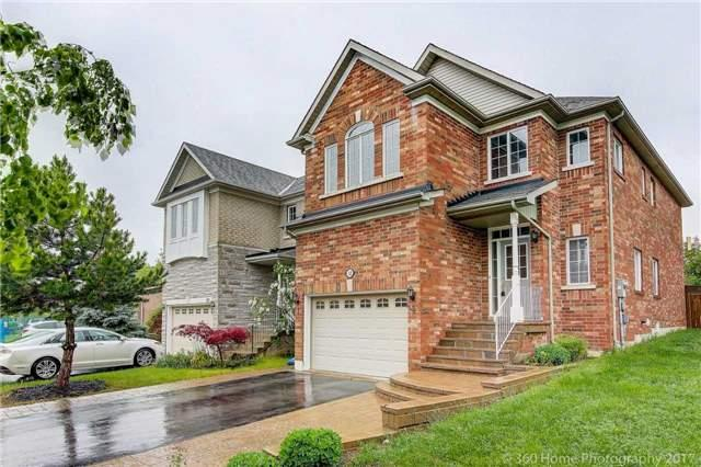 Detached at 32 Rushingbrook Dr, Richmond Hill, Ontario. Image 12