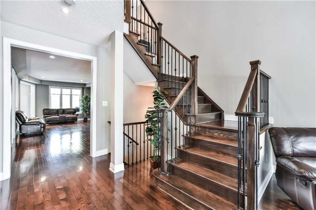 Townhouse at 51 Crows Nest Way, Whitchurch-Stouffville, Ontario. Image 17