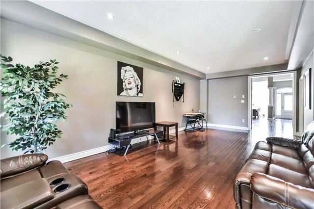 Townhouse at 51 Crows Nest Way, Whitchurch-Stouffville, Ontario. Image 19