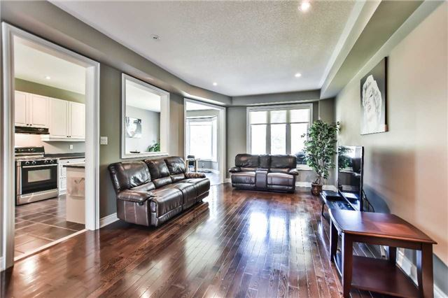Townhouse at 51 Crows Nest Way, Whitchurch-Stouffville, Ontario. Image 20