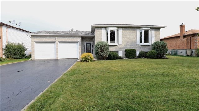 Detached at 2142 Southview Ave, Innisfil, Ontario. Image 1