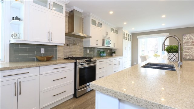 Detached at 2142 Southview Ave, Innisfil, Ontario. Image 17