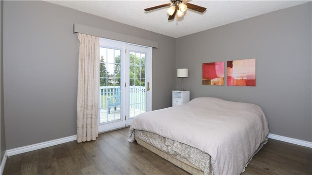 Detached at 2142 Southview Ave, Innisfil, Ontario. Image 4