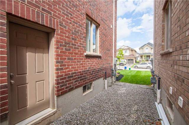 Semi-detached at 59 Weaver Terr, New Tecumseth, Ontario. Image 10