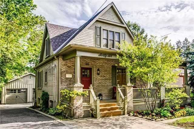 Detached at 66 Richmond St, Richmond Hill, Ontario. Image 1