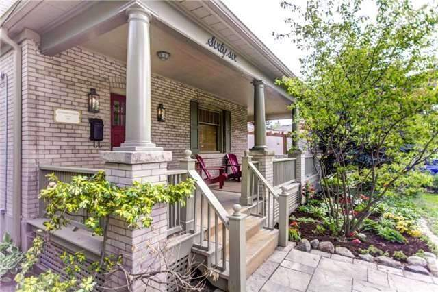 Detached at 66 Richmond St, Richmond Hill, Ontario. Image 12
