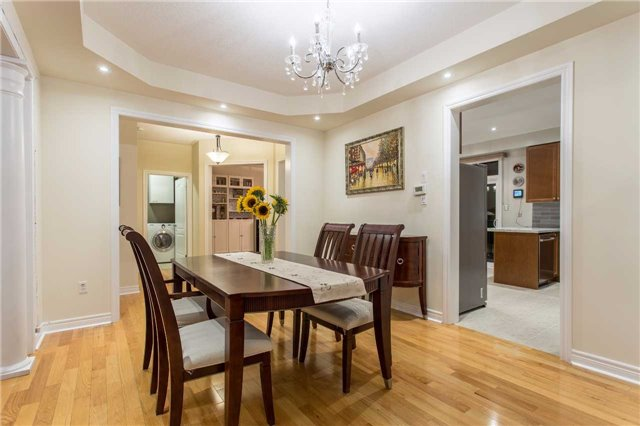 Detached at 242 Ray Snow Blvd, Newmarket, Ontario. Image 13