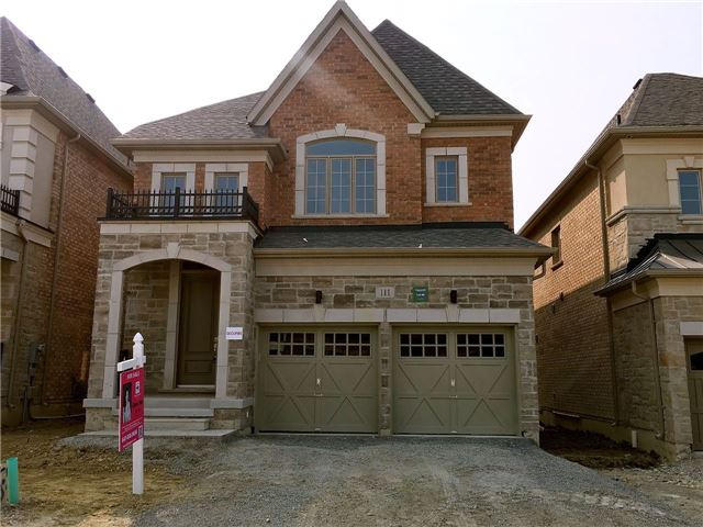 Detached at 111 Holladay Dr, Aurora, Ontario. Image 1