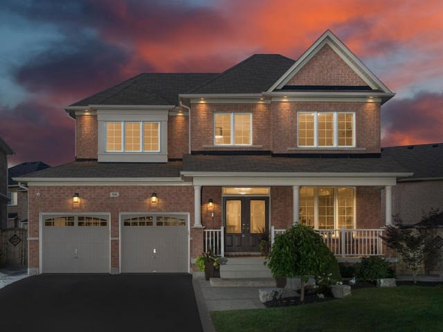 Detached at 94 Fairlee Circ, Whitchurch-Stouffville, Ontario. Image 1
