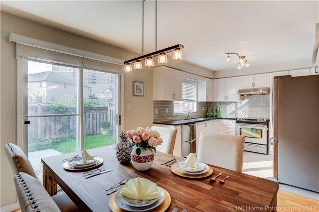 Townhouse at 7 Macgregor Ave, Richmond Hill, Ontario. Image 19