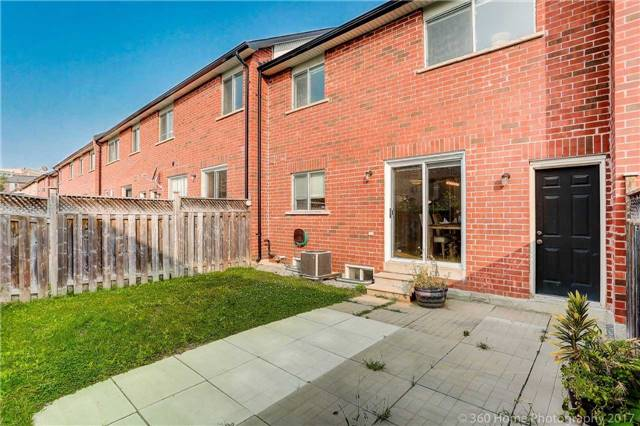 Townhouse at 7 Macgregor Ave, Richmond Hill, Ontario. Image 13