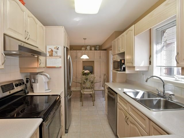 Condo Detached at 150 Riverview Rd, New Tecumseth, Ontario. Image 15