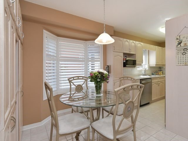 Condo Detached at 150 Riverview Rd, New Tecumseth, Ontario. Image 17