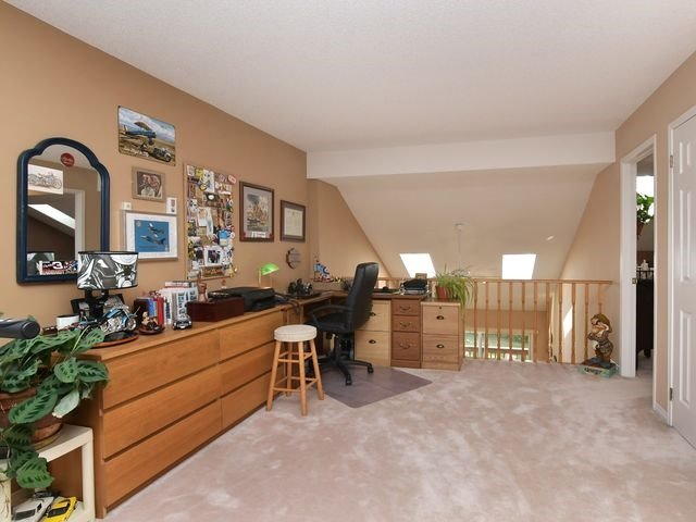 Condo Detached at 150 Riverview Rd, New Tecumseth, Ontario. Image 4