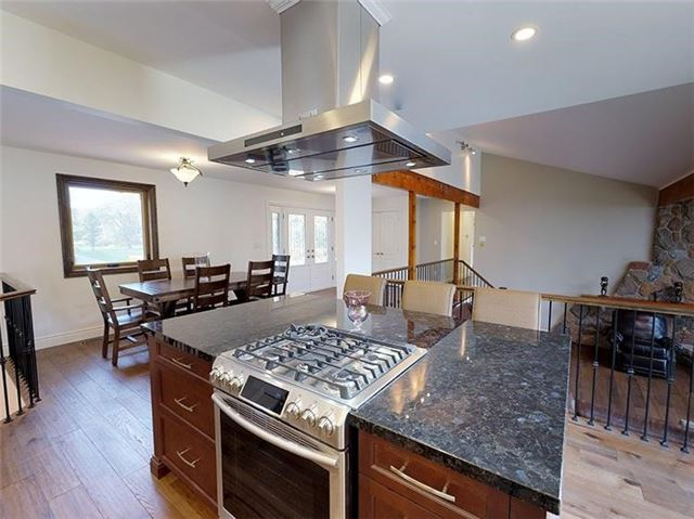 Detached at 4909 Holborn Rd, East Gwillimbury, Ontario. Image 18