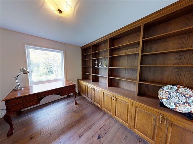 Detached at 4909 Holborn Rd, East Gwillimbury, Ontario. Image 5