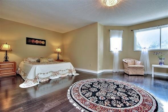 Detached at 70 Topham Cres, Richmond Hill, Ontario. Image 18