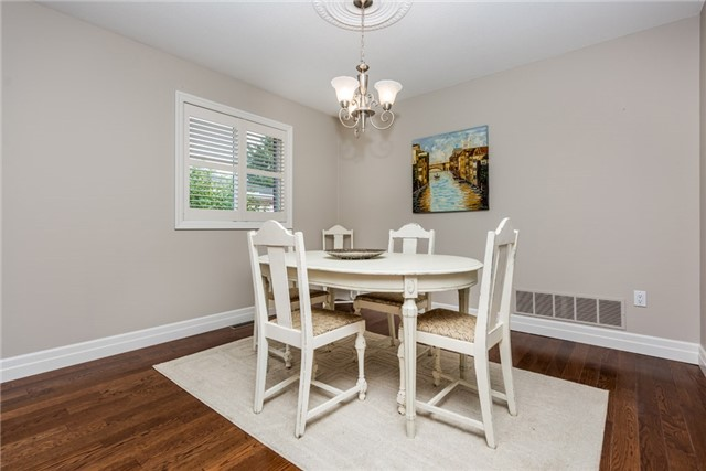 Detached at 1095 Westmount Ave, Innisfil, Ontario. Image 15